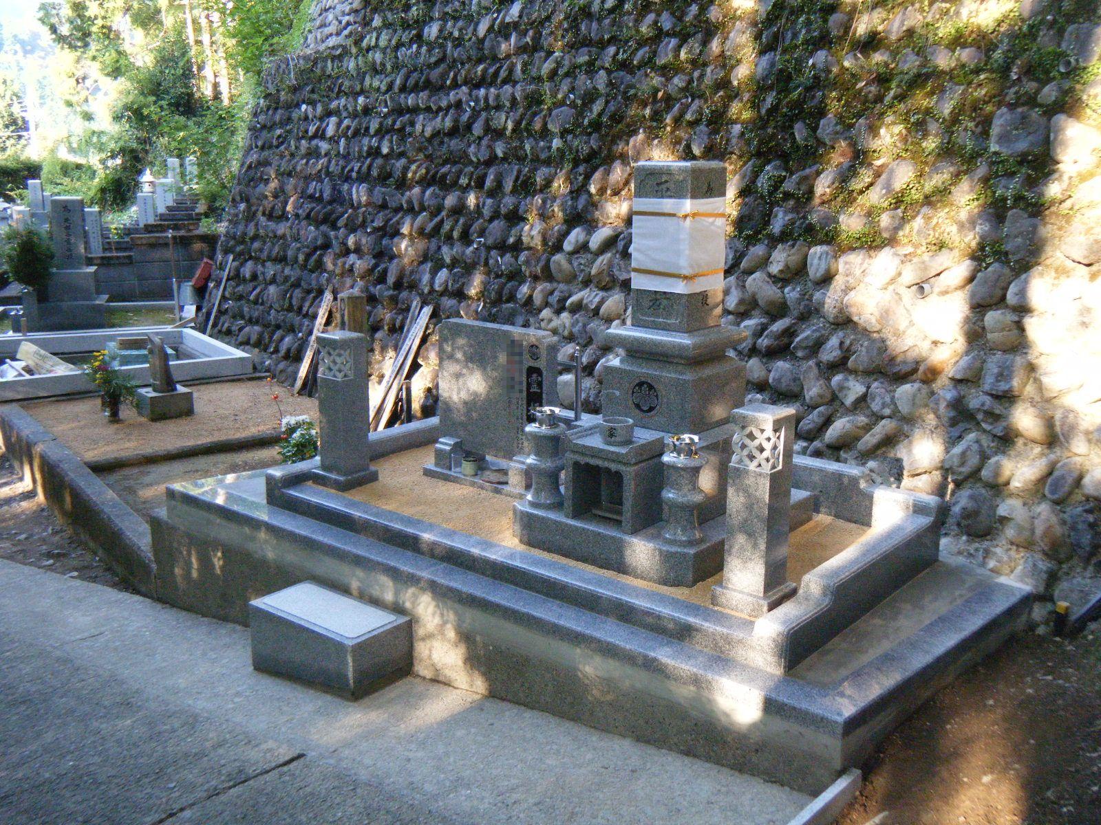高級型DX墓石①